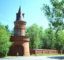 Ограда усадьбы Покровское-Стрешнево (фото www.rubrukon.ru)